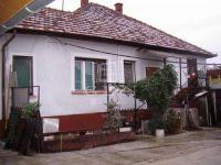 Eladó ipari ingatlan, Kecskeméten, Pozsonyi utcában 32.9 M Ft