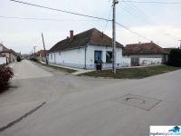 Eladó üzlethelyiség, Dávodon, Dózsa György utcában 2.5 M Ft