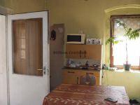 Eladó családi ház, Zombán 7.9 M Ft, 2 szobás