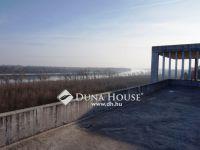 Eladó Családi ház Baracs