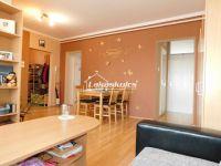 Eladó panellakás, Veszprémben 26.7 M Ft, 1+3 szobás
