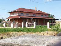 Eladó családi ház, Abádszalókban, Zrínyi úton 17 M Ft