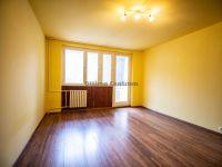 Eladó panellakás, Kecskeméten 20.99 M Ft, 3 szobás