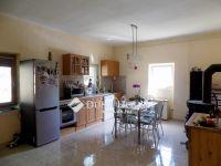 Eladó családi ház, Iváncon 21 M Ft, 3 szobás