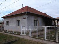 Eladó családi ház, Atkáron 14.7 M Ft, 1+3 szobás