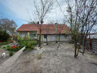 Eladó családi ház, Akasztón 6.99 M Ft, 2 szobás