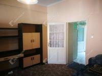 Eladó családi ház, Szegeden 9.5 M Ft, 1 szobás