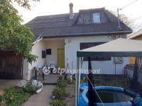 Eladó családi ház, Apcon 25.5 M Ft, 5 szobás