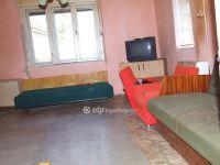 Eladó családi ház, Adácson 2.8 M Ft, 2 szobás