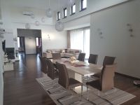 Eladó családi ház, Nyíregyházán 125 M Ft, 5 szobás