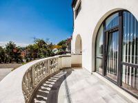 Eladó családi ház, II. kerületben 1000 M Ft, 12+2 szobás