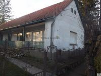 Eladó családi ház, Zengővárkonyon 16.5 M Ft, 3 szobás