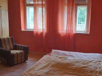Eladó családi ház, Ádándon 8.9 M Ft, 2 szobás