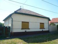 Eladó családi ház, Apcon 4 M Ft, 3 szobás / költözzbe.hu