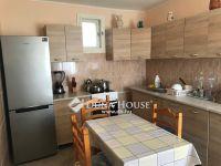 Eladó családi ház, Szákszenden 15 M Ft, 3 szobás
