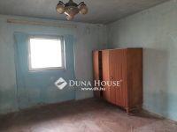 Eladó családi ház, Ácsteszéren 7.5 M Ft, 2 szobás