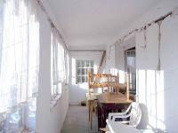 Eladó családi ház, Solton 3.8 M Ft, 2 szobás
