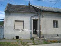 Eladó családi ház, Tatabányán, Vörösmarty utcában 9.1 M Ft