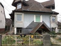 Eladó téglalakás, Győrött 78 M Ft, 9 szobás