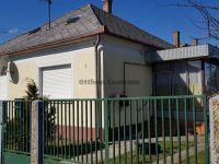 Eladó családi ház, Zalaszentgróton 11.9 M Ft, 2 szobás